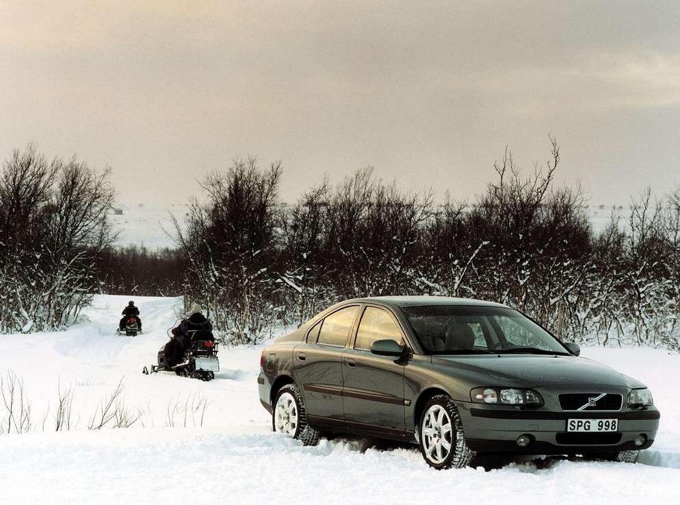 Снимки: Volvo S60 AWD