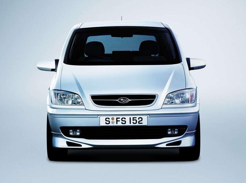Снимки: Subaru Traviq