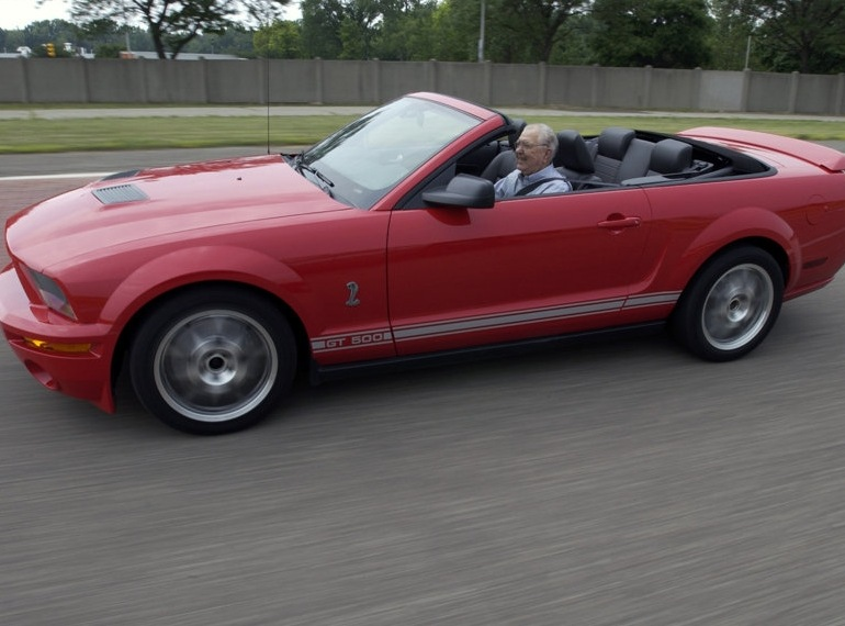Снимки: Ford Shelby GT 500 Cabrio