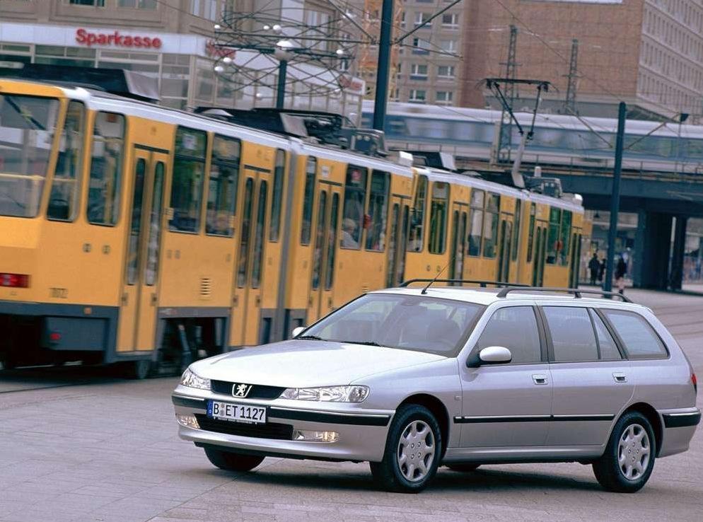 Снимки: Peugeot 406 Break (8)