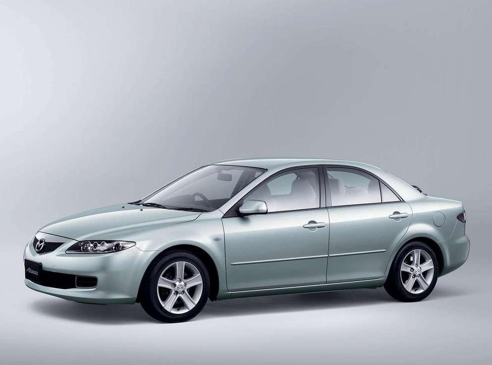 Снимки: Mazda Atenza