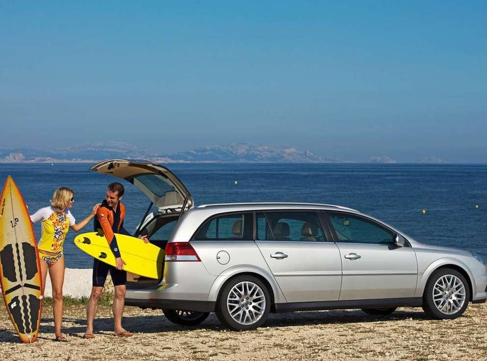 Снимки: Opel Vectra C Caravan