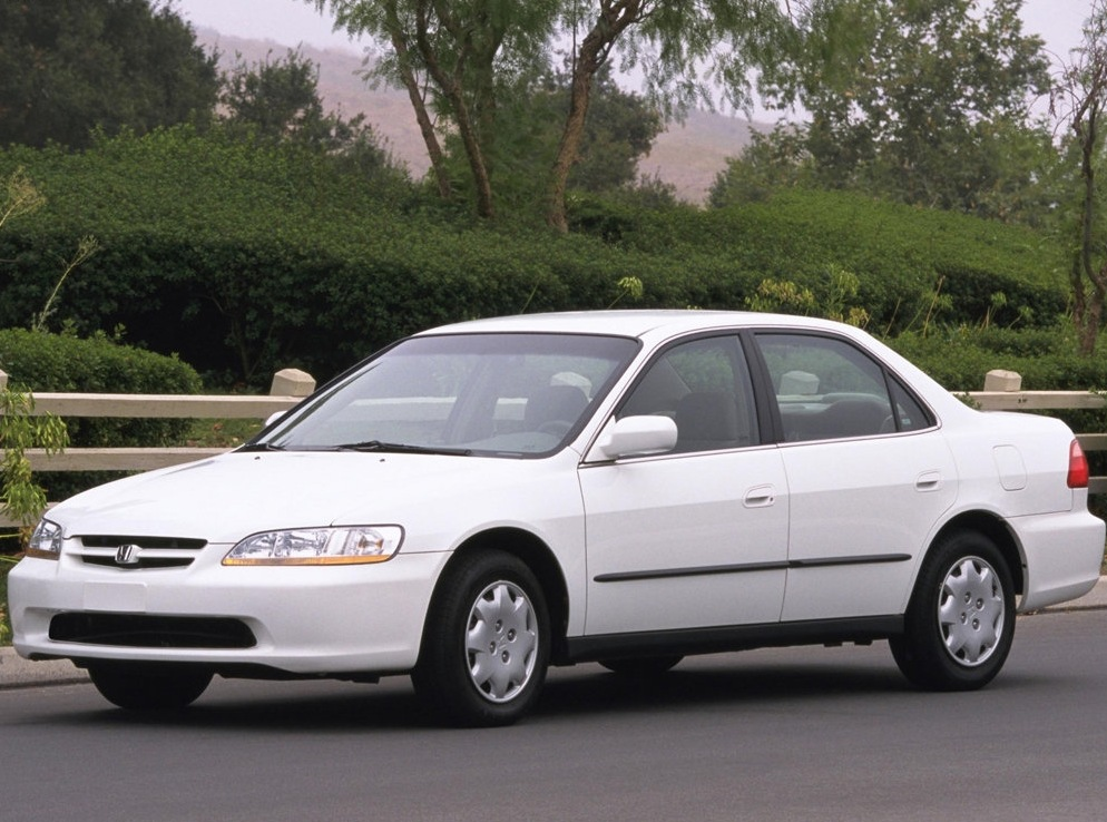 Снимки: Honda Accord 6 (CE,CF)