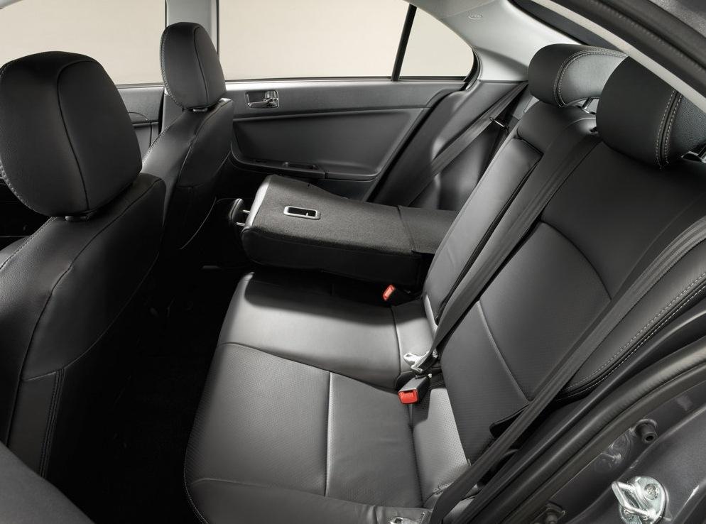 Снимки: Mitsubishi Lancer Sportback X