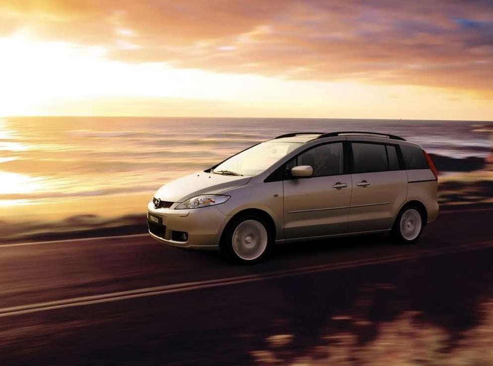 Снимки: Mazda Mazda 5
