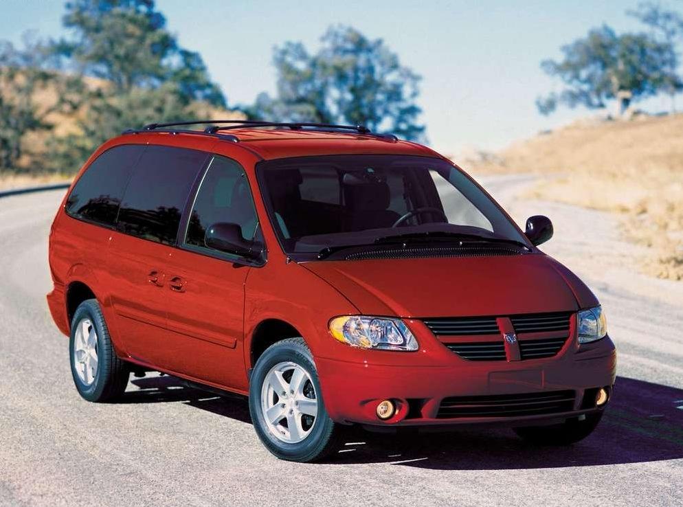 Снимки: Dodge Grand Caravan IV
