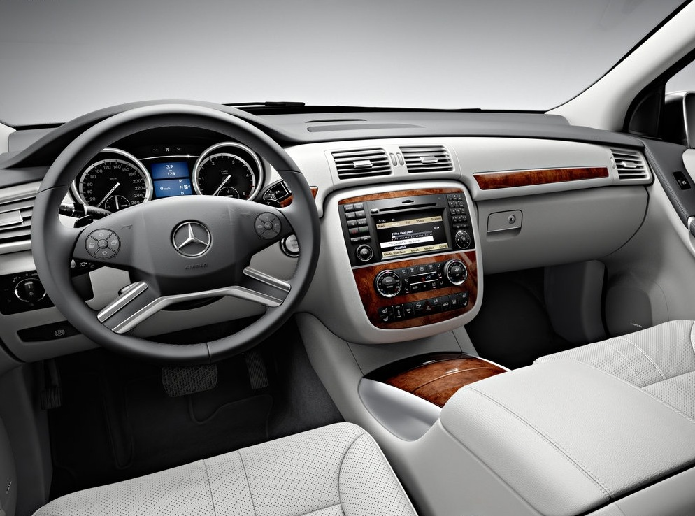 Снимки: Mercedes-benz R (2010)