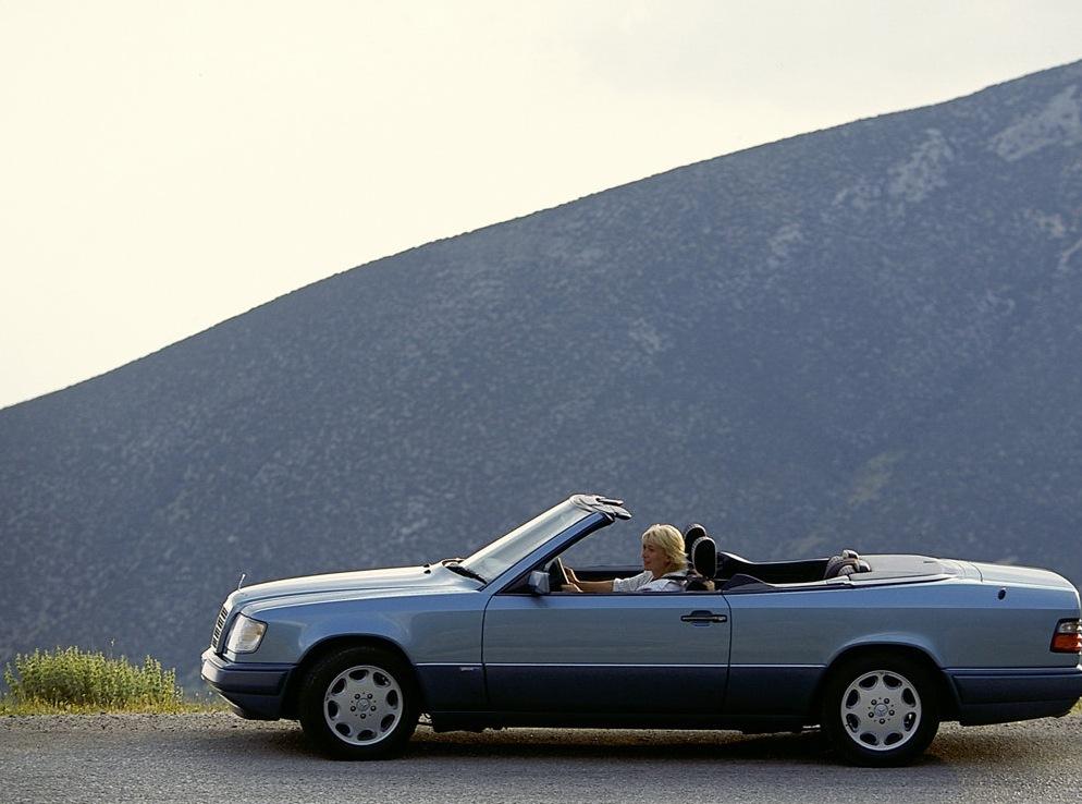Снимки: Mercedes-benz E-klasse Cabrio (A124)