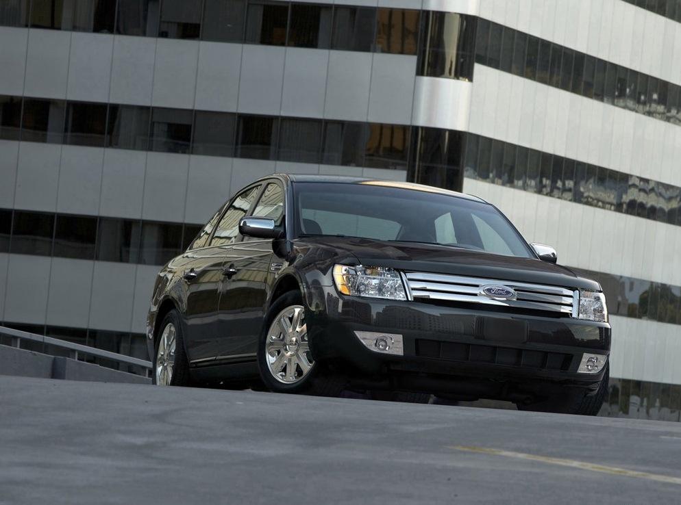 Снимки: Ford Taurus II