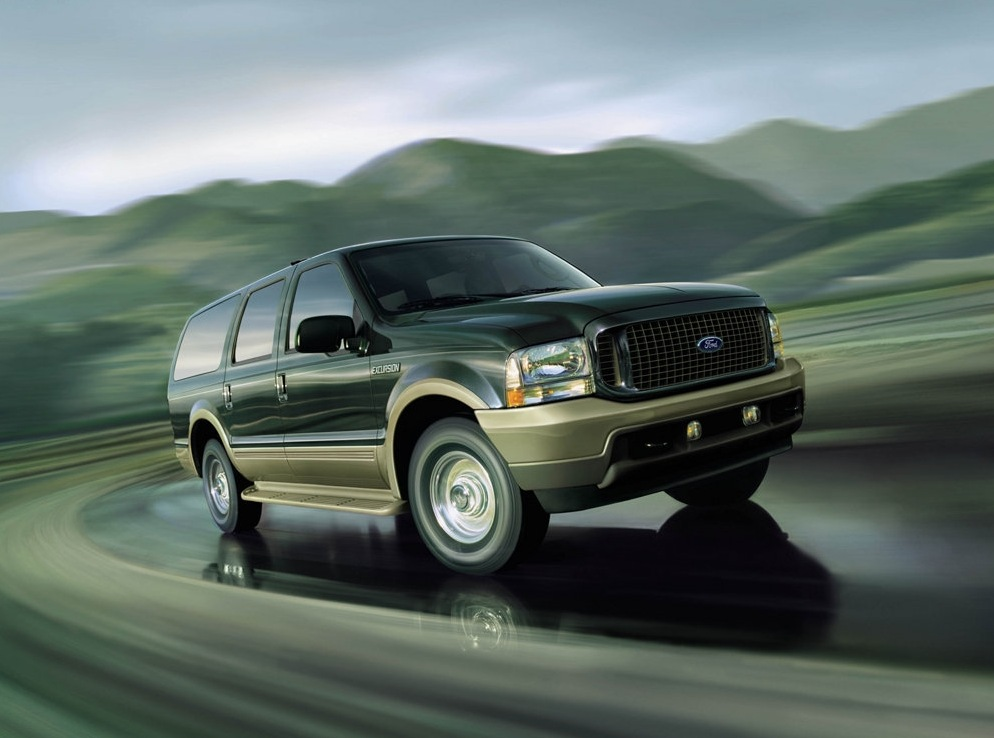 Снимки: Ford Excursion