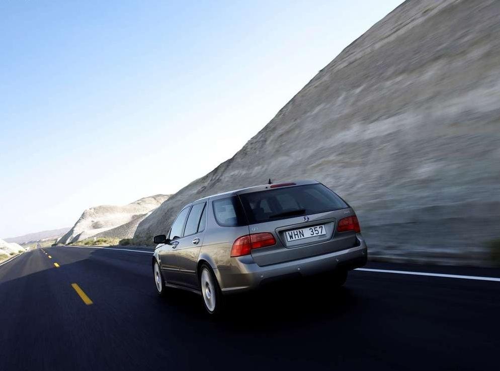 Снимки: Saab 9-5 Wagon