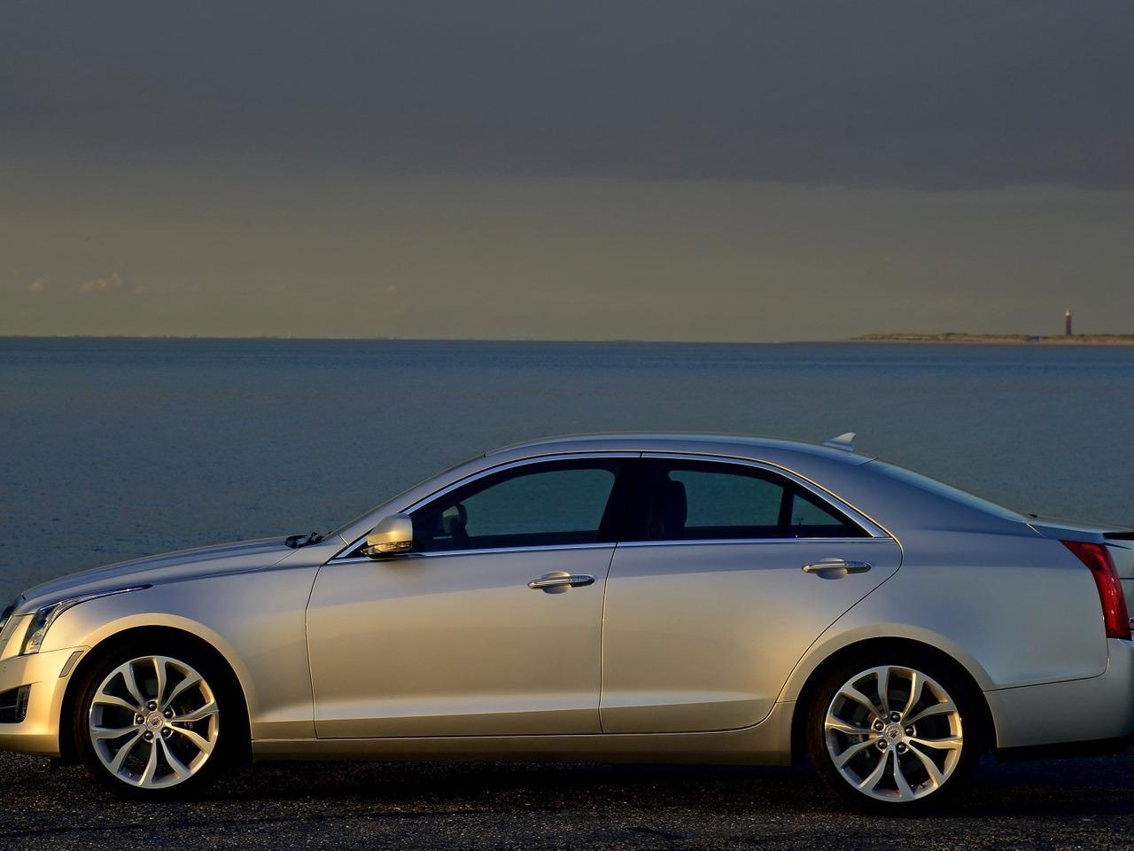 Снимки: Cadillac ATS