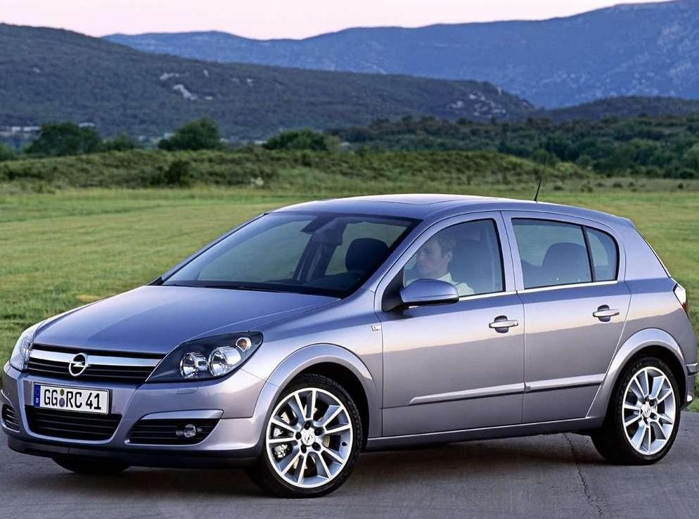 Снимки: Opel Astra H