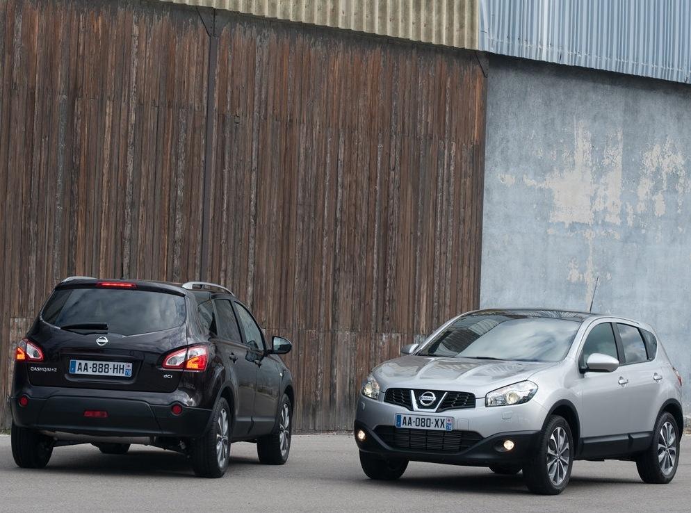 Снимки: Nissan Qashqai+2