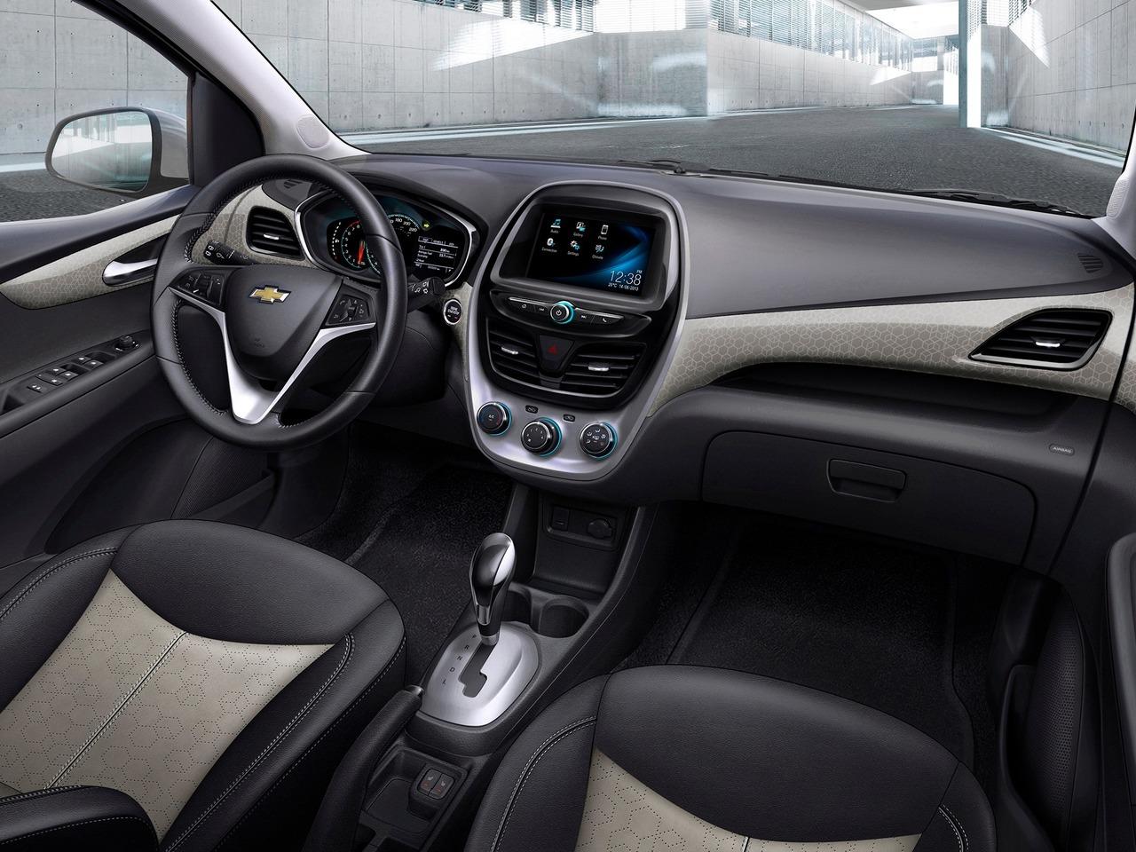 Снимки: Chevrolet Spark 2015