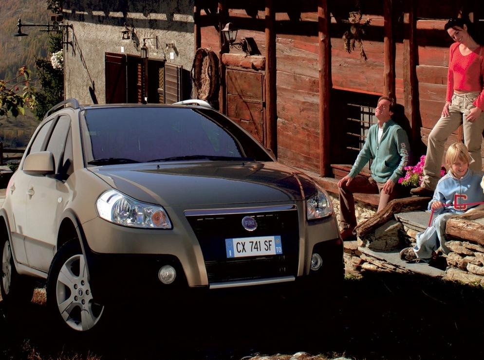 Снимки: Fiat Sedici