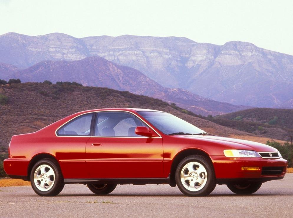 Снимки: Honda Accord 5 Coupe (CD7)