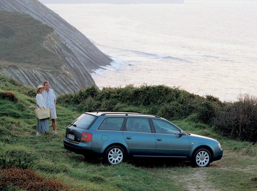 Снимки: Audi A6 Avant (4B,C5)