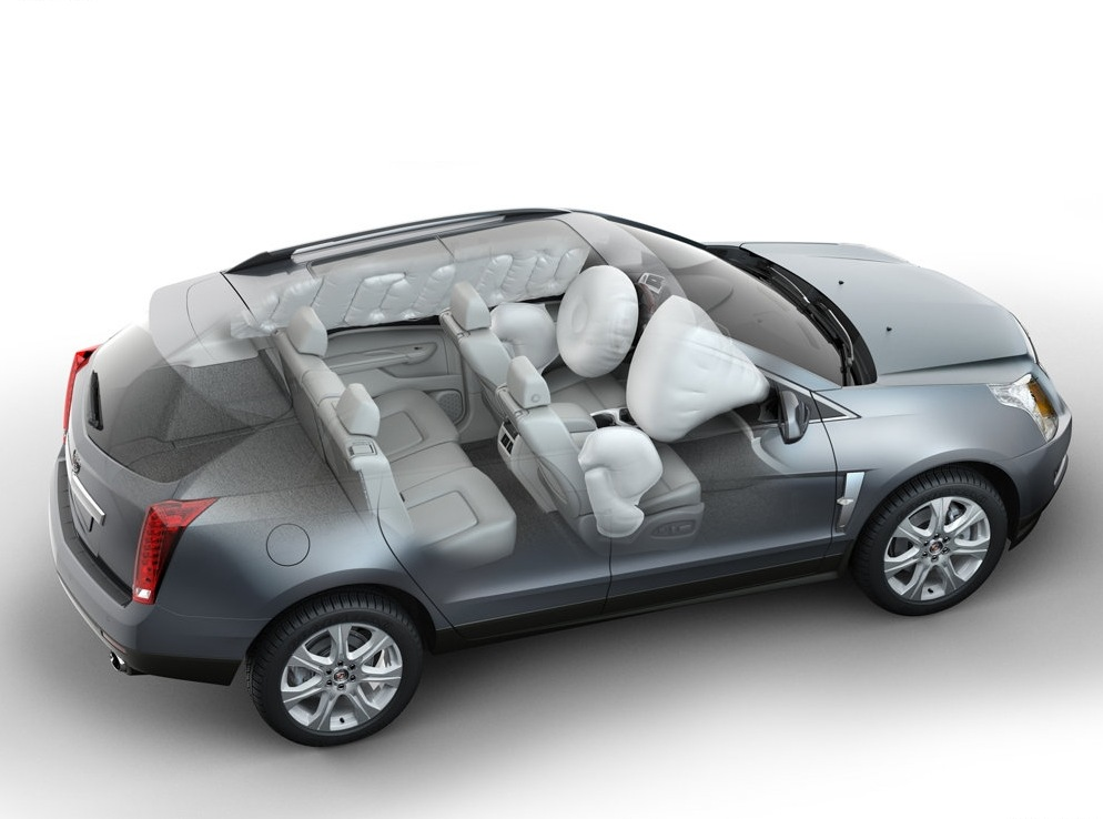Снимки: Cadillac SRX-2010