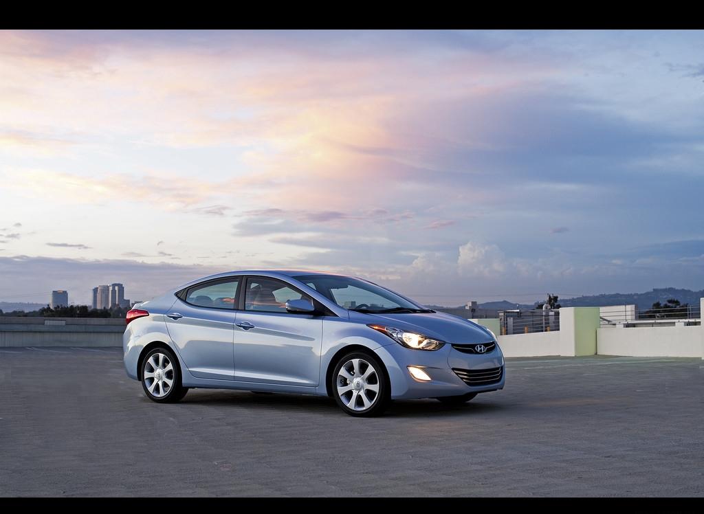 Снимки: Hyundai Elantra 5