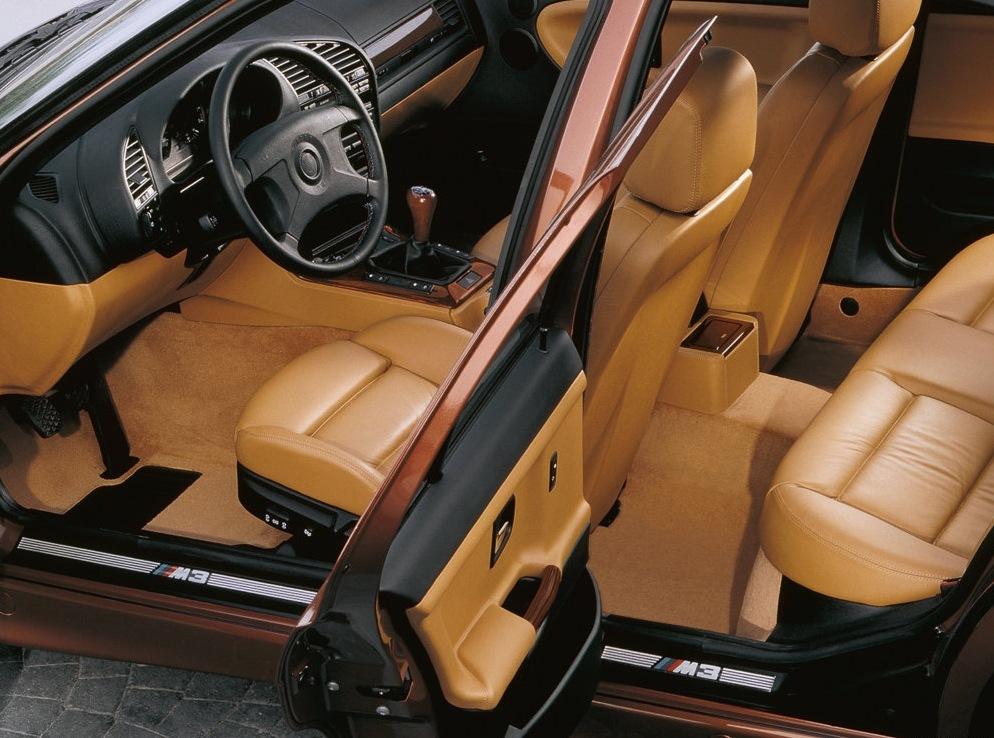 Снимки: Bmw M3 Coupe (E36)