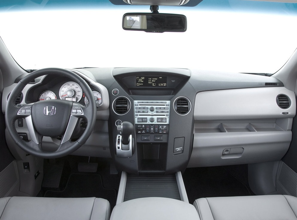 Снимки: Honda Pilot 2008
