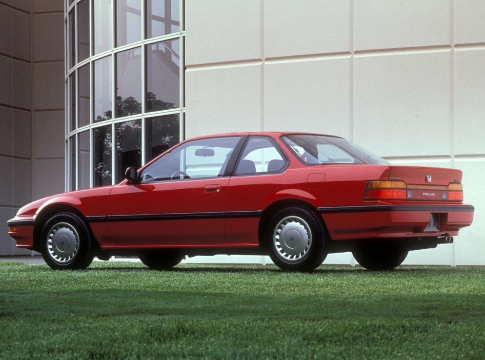 Снимки: Honda Prelude I Coupe (SN)