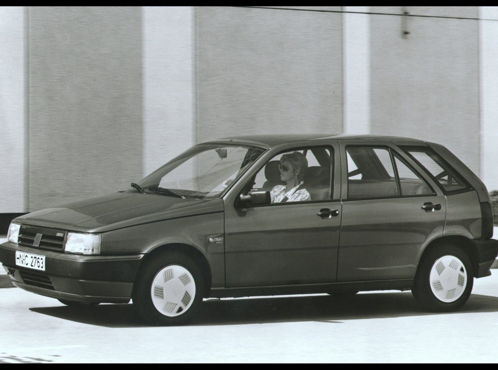 Снимки: Fiat Tipo (160)