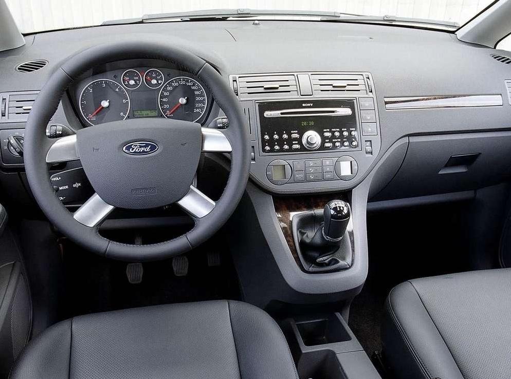 Снимки: Ford Focus C-MAX