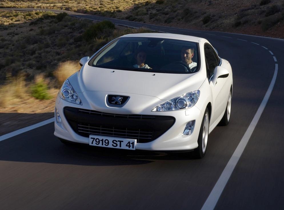 Снимки: Peugeot 308 CC