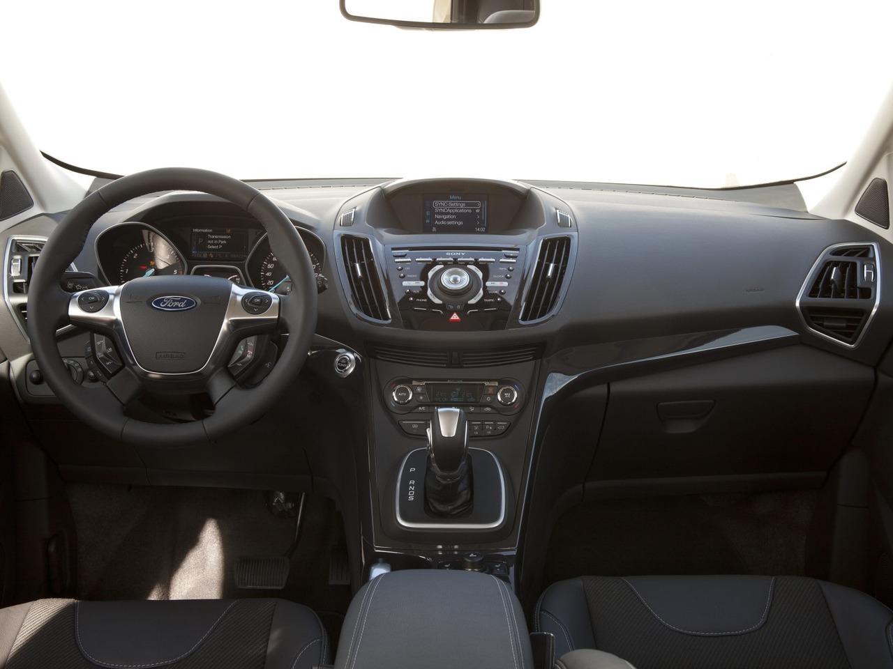 Снимки: Ford Kuga II