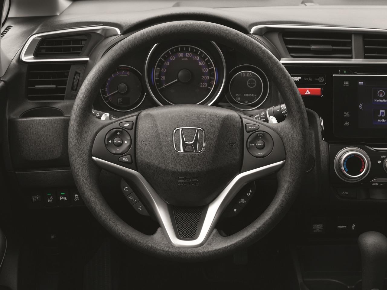 Снимки: Honda Jazz 2015