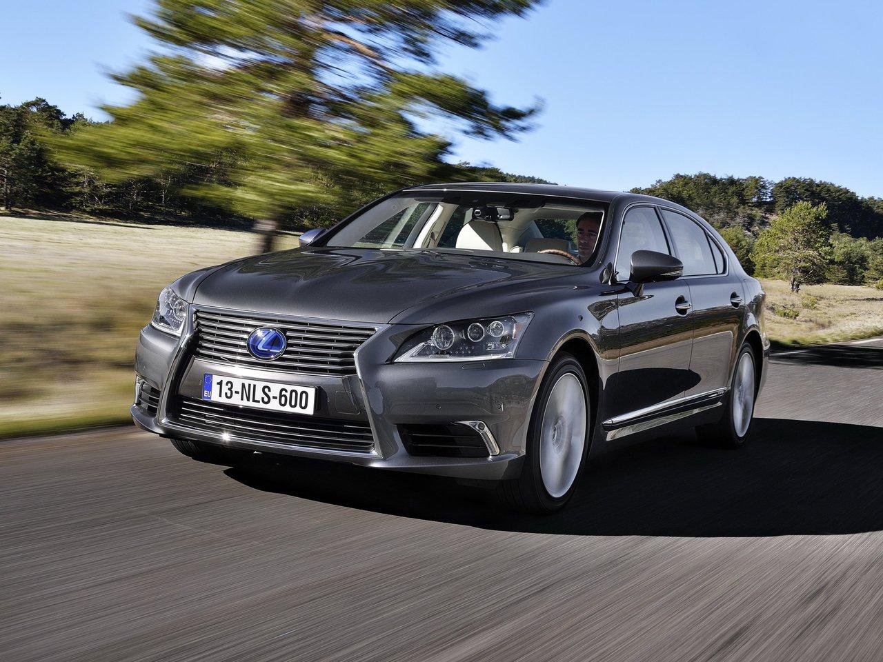 Снимки: Lexus LS 4 Facelift
