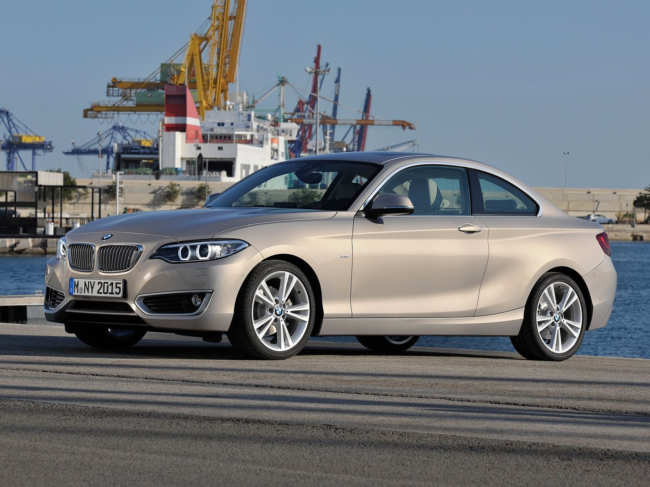 Снимки: Bmw 2er Coupe (F22)