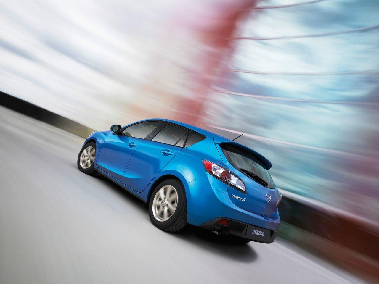 Снимки: Mazda Mazda 3 II
