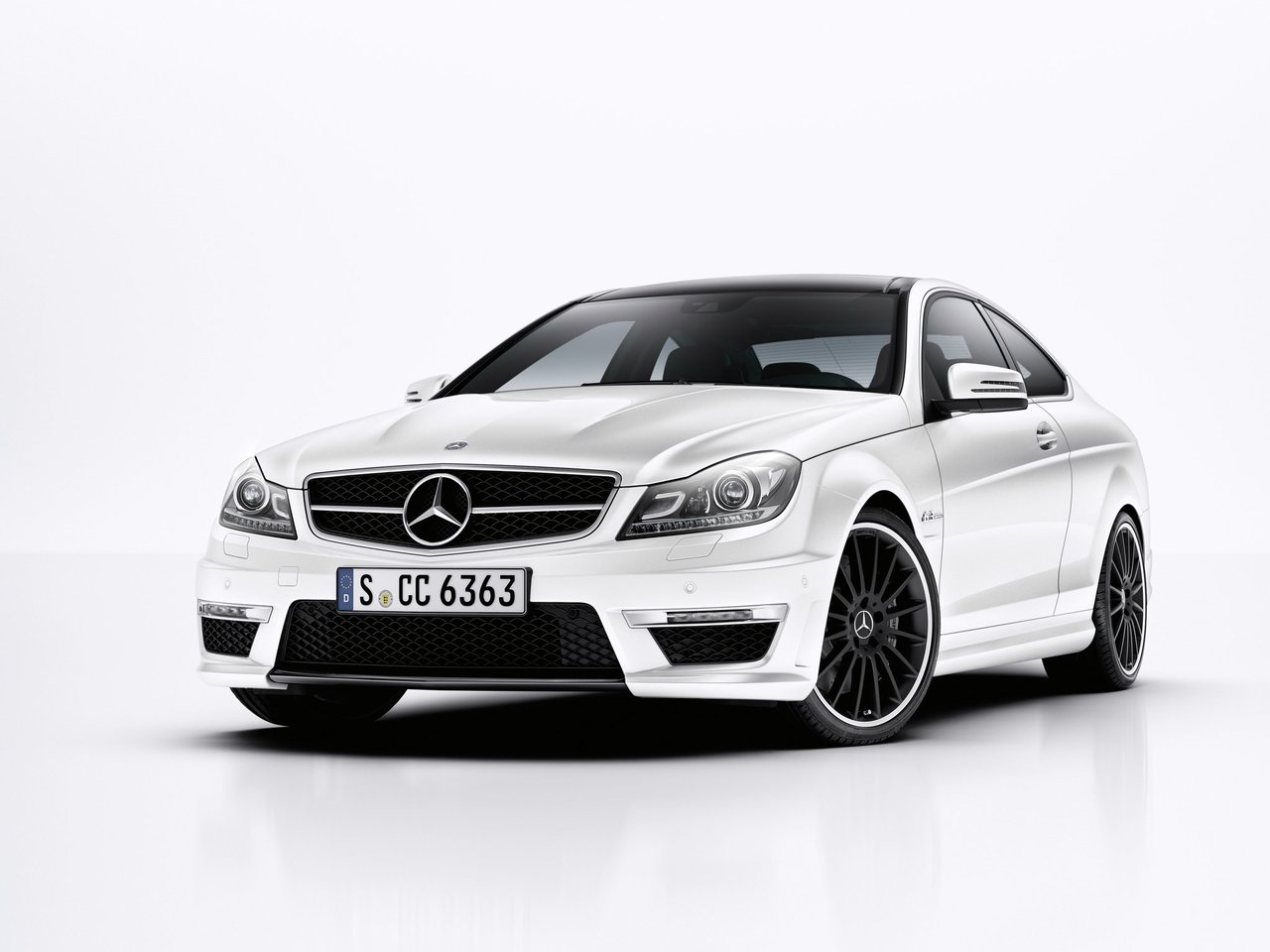 C63 AMG Coupe (W204)