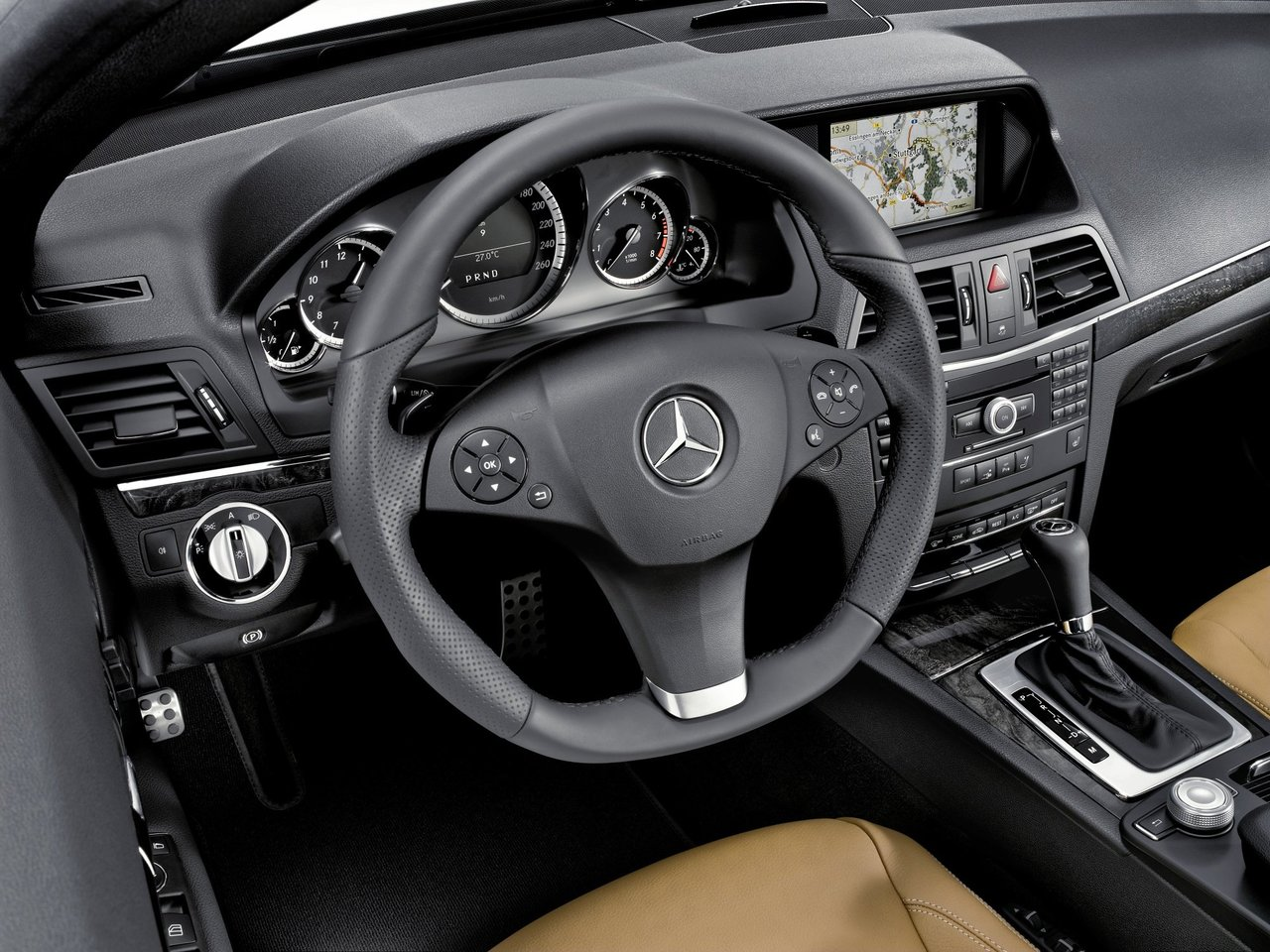 Снимки: Mercedes-benz E-klasse Cabrio (A207)