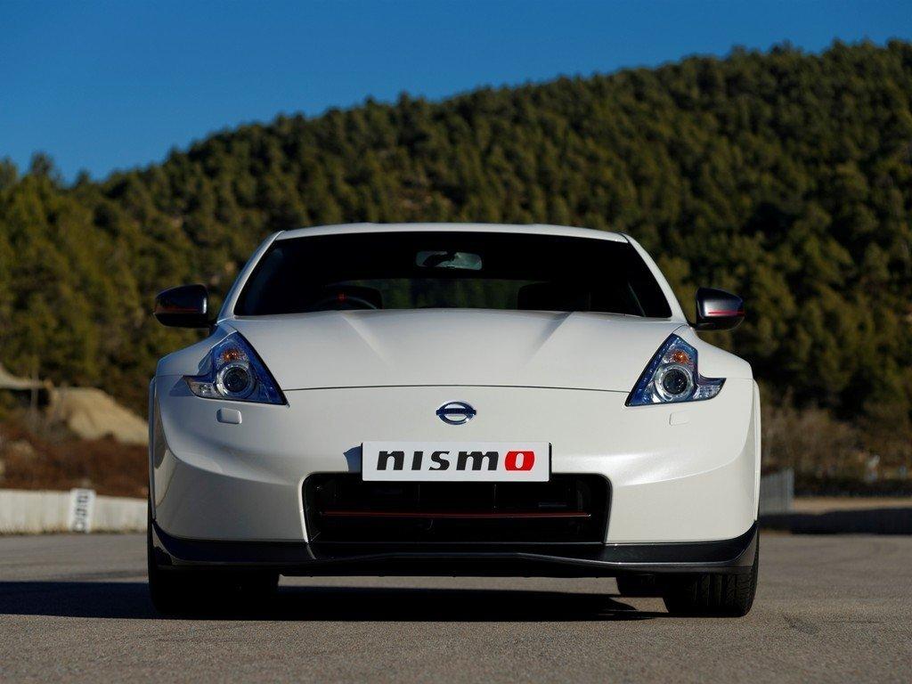Снимки: Nissan 370Z