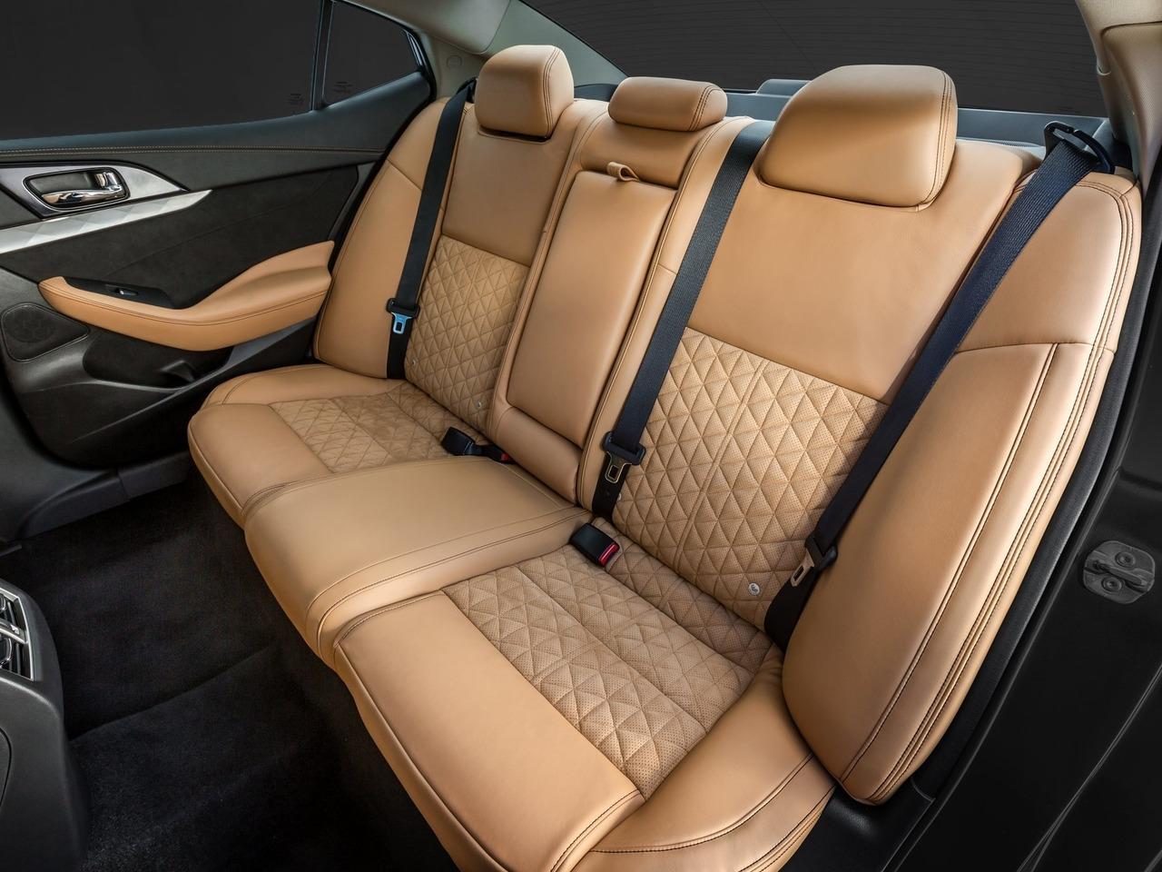 Снимки: Nissan Maxima VIII