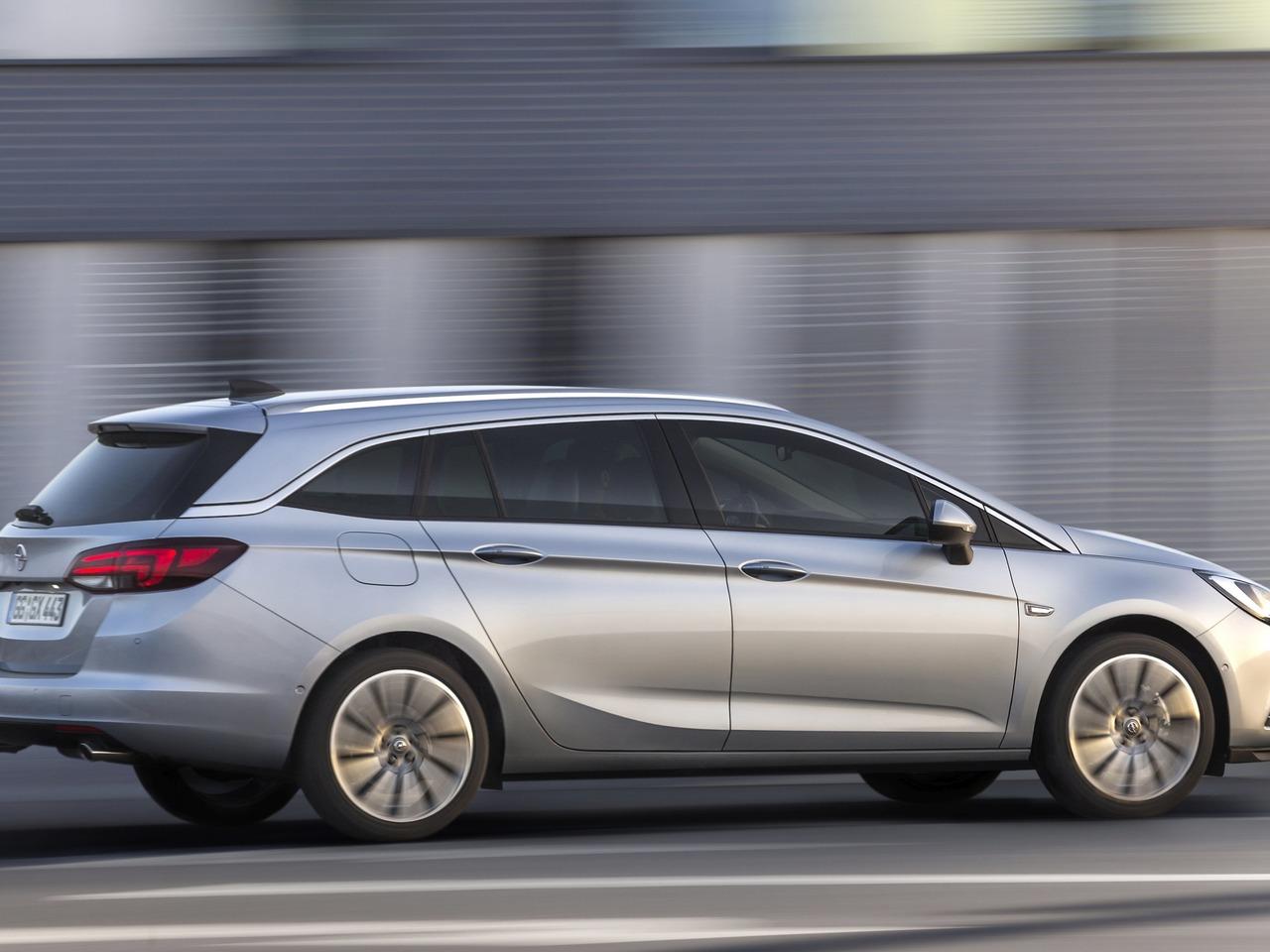 Снимки: Opel Astra K Caravan