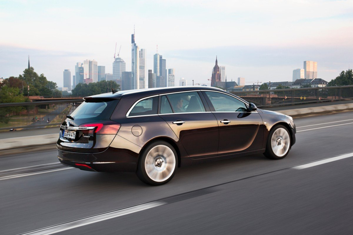 Снимки: Opel Insignia Sports Tourer