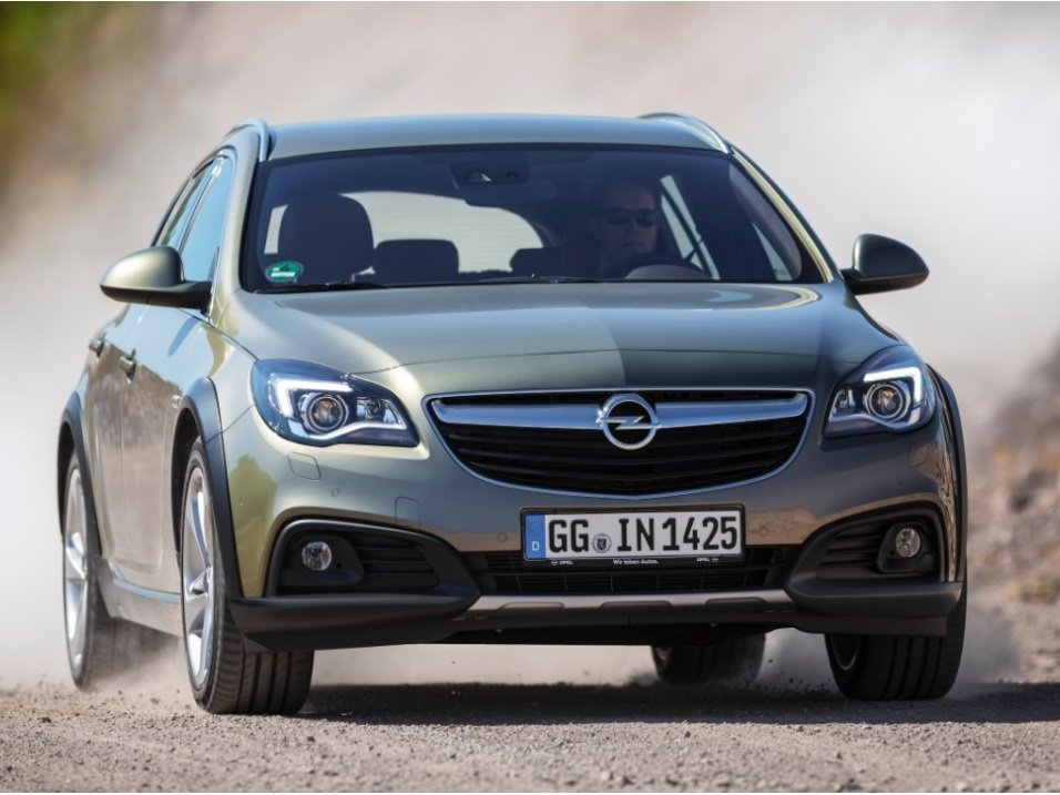 Снимки: Opel Insignia Country Tourer