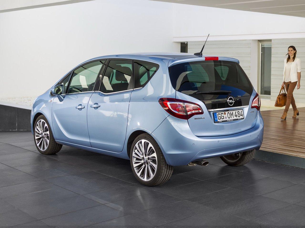 Снимки: Opel Meriva 2013