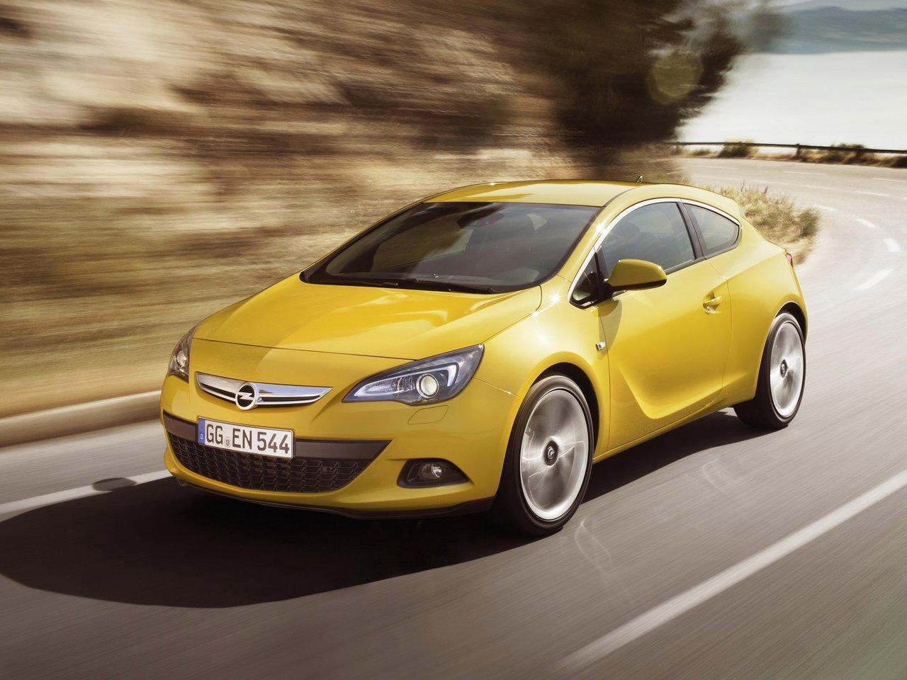 Снимки: Opel Astra J GTC