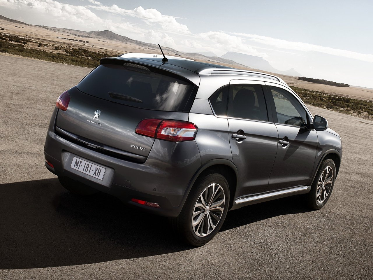 Снимки: Peugeot 4008