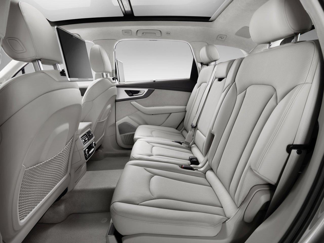 Снимки: Audi Q7 2