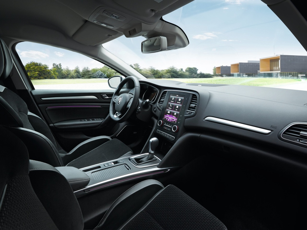 Снимки: Renault Megane 4