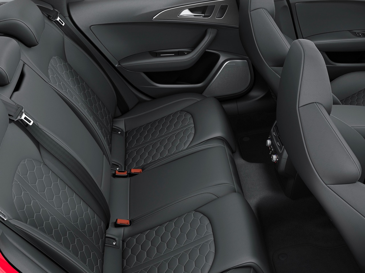 Снимки: Audi RS6 (C7) Facelift