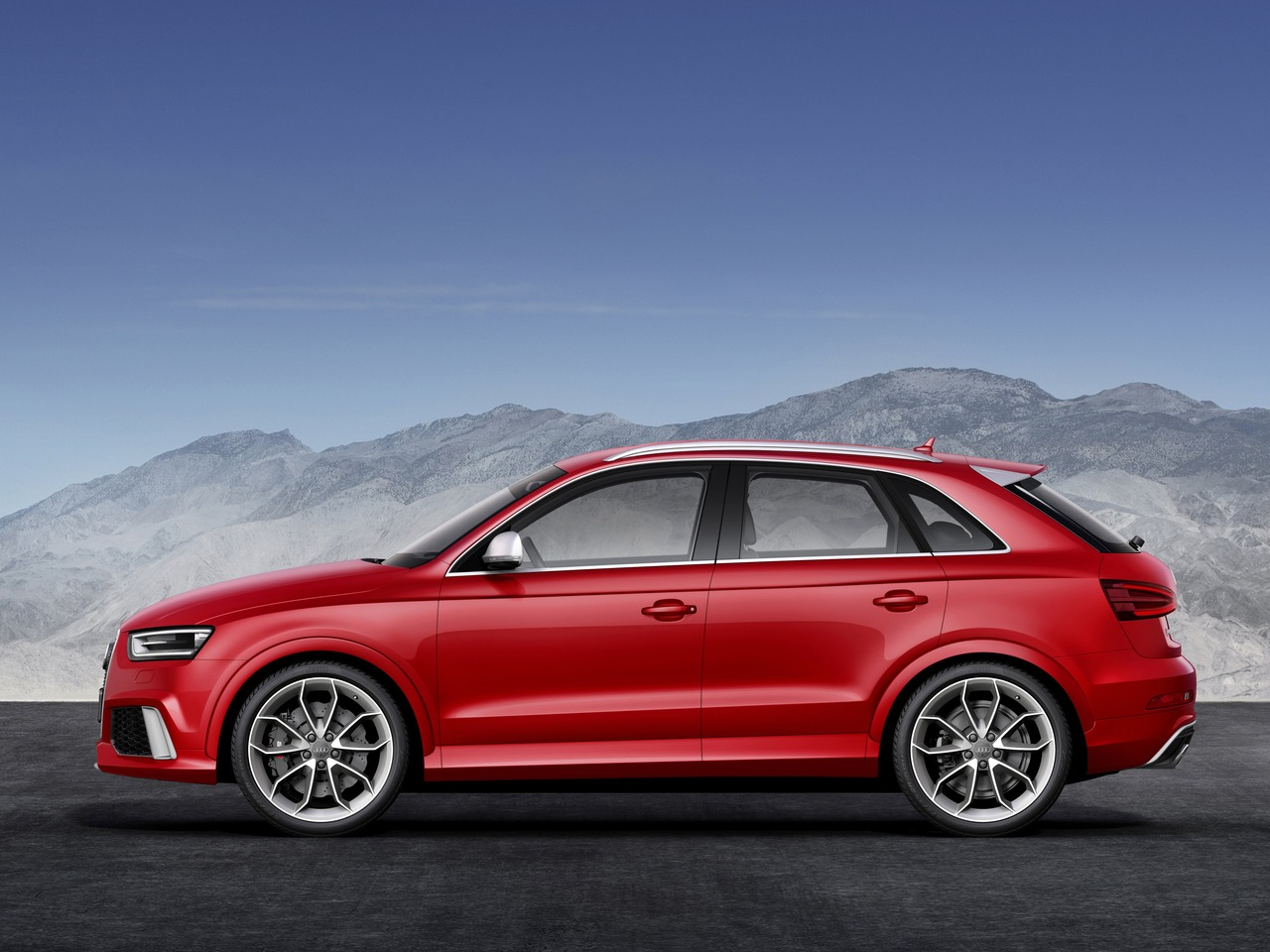 Снимки: Audi RS Q3