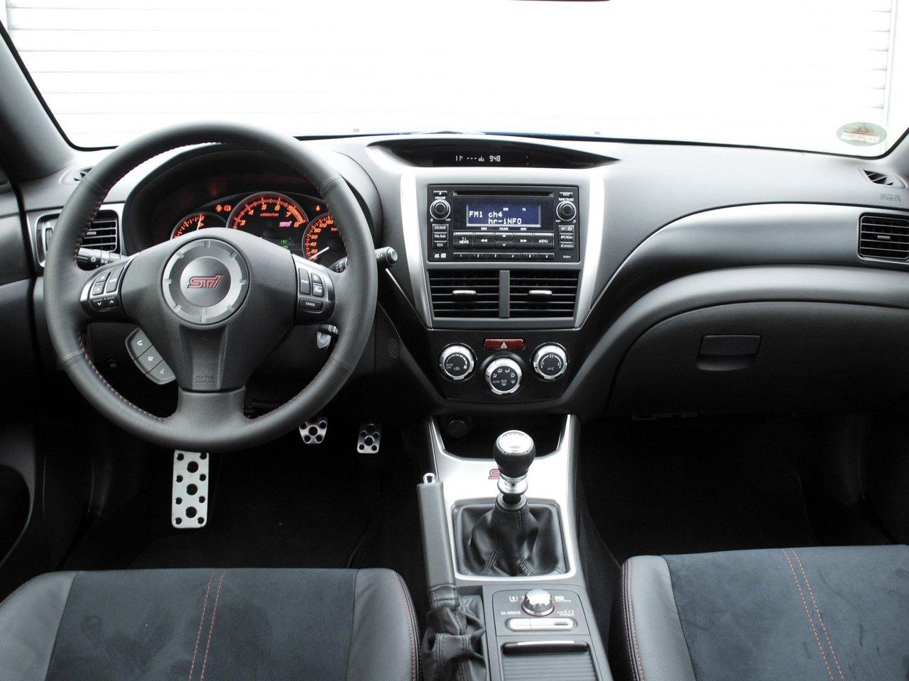 Снимки: Subaru Impreza 3 WRX STI Sedan